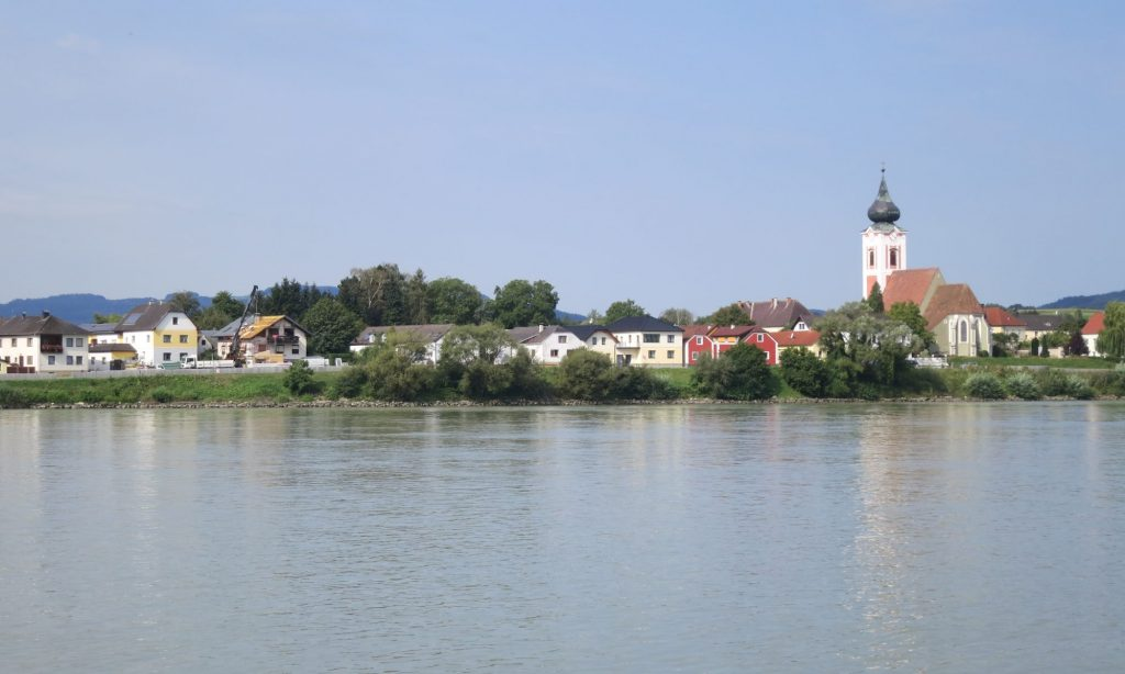 Fabulous sights Cycling Danube